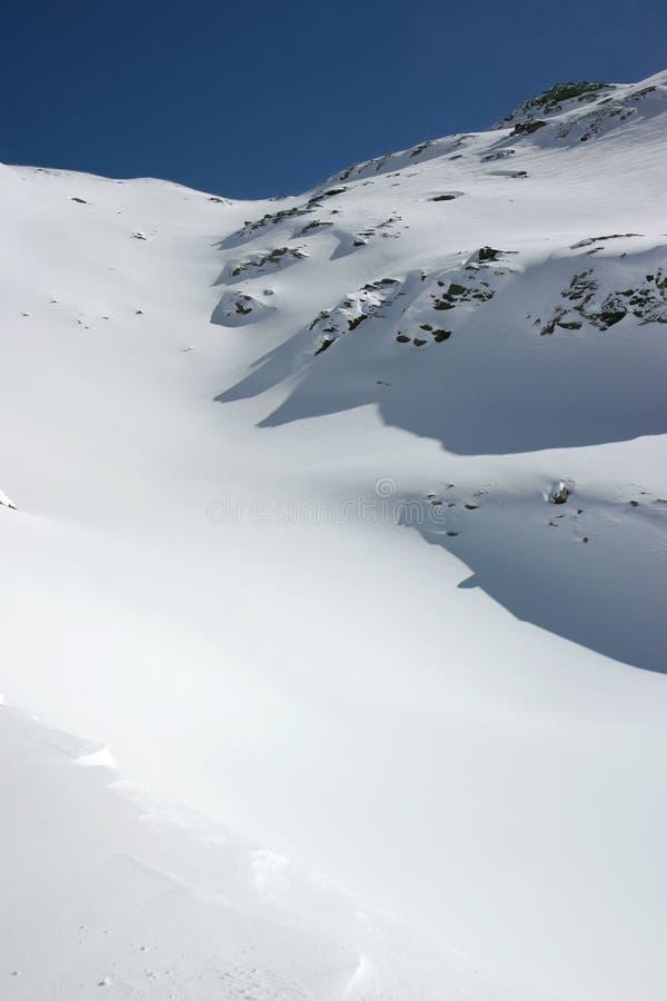 Alpiene verse sneeuw royalty-vrije stock fotografie