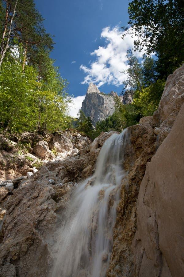 alpin älskvärd landskapsommar arkivbilder