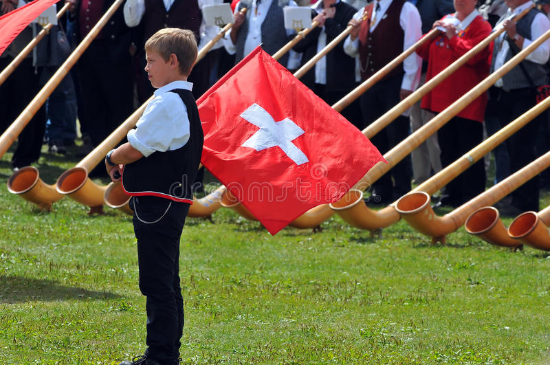 alpin festivalhorn royaltyfri bild