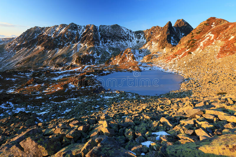 alpin lake royaltyfria bilder