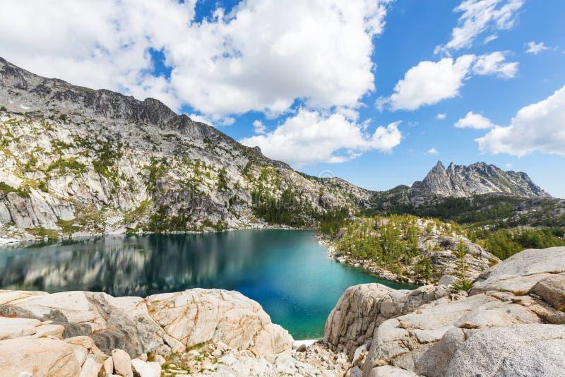alpin lake royaltyfria bilder