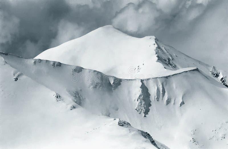 alpina kurvor arkivbild