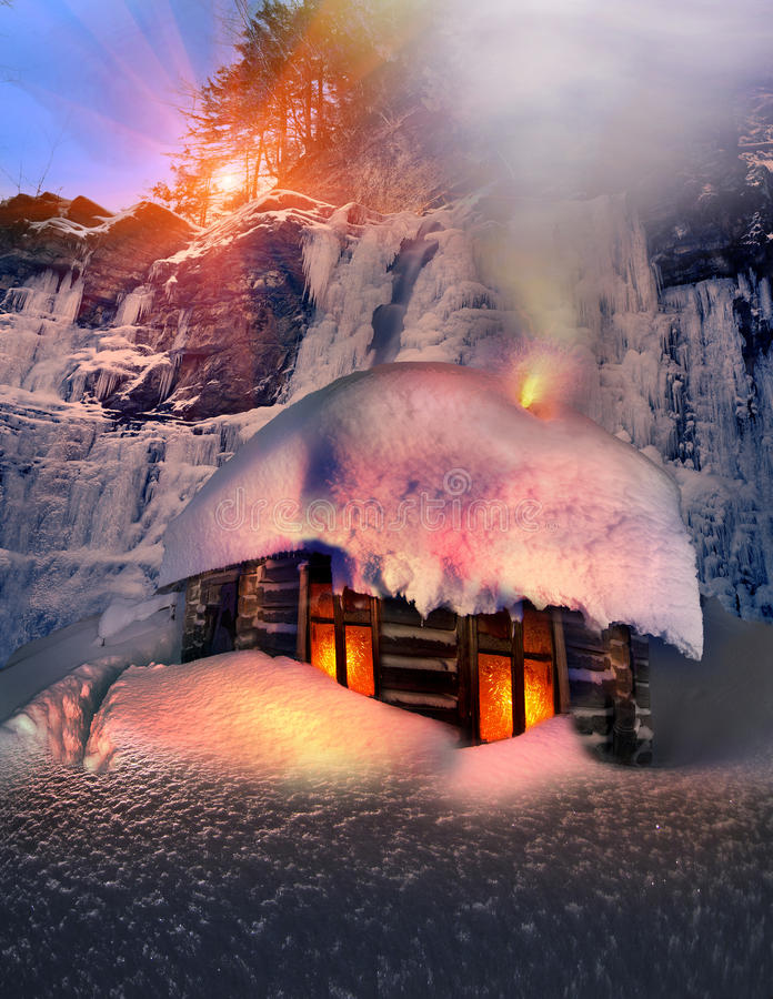 Alpine Hut In The Wild Forests Royalty Free Stock Photos