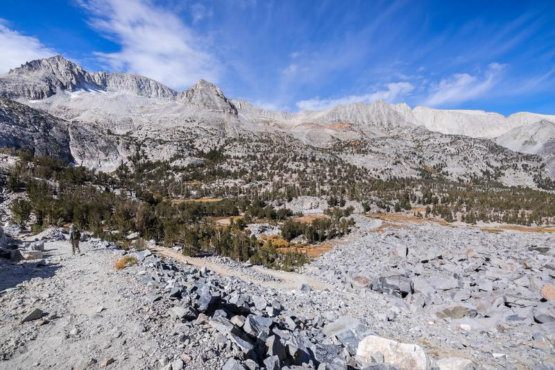 Alpine Landschaft in John Muir Wilderness lizenzfreies stockbild