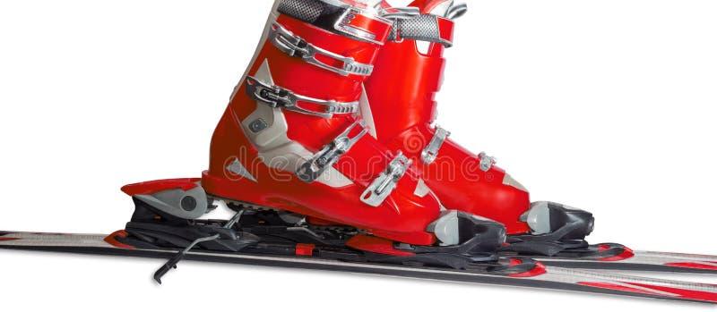 Alpine Skischuhe in verbindlicher Nahaufnahme des Skis lizenzfreies stockbild