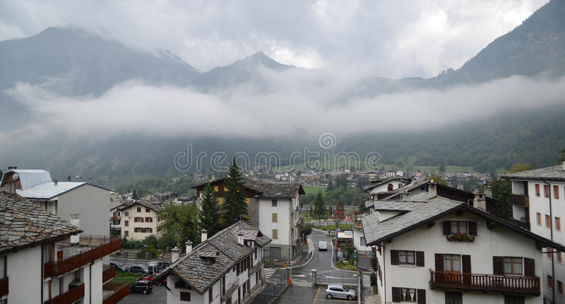 Download Alpine Village - Courmayeur Editorial Photography - Image: 27200382
