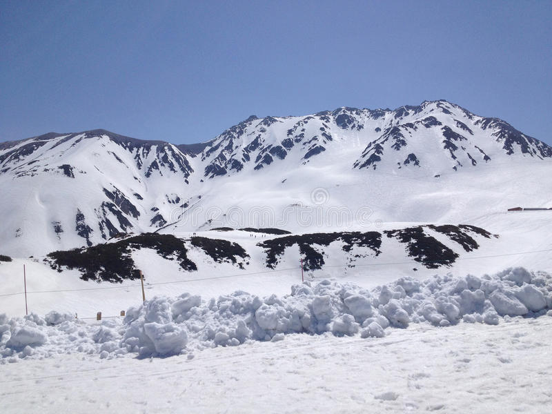 Alpiner Weg Tateyama Kurobe (Japan-Alpen), Toyama, Japan lizenzfreie stockfotos
