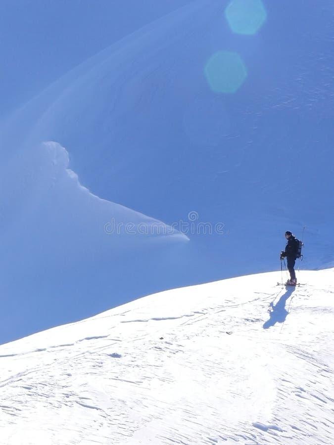 Alpinisme de ski image stock