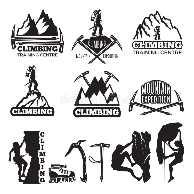 Alpinismo e equipamento diferente O vetor etiqueta o molde com lugar para seu texto ilustração stock