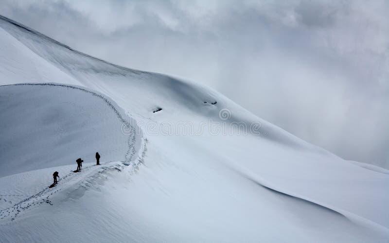alpinists blanc du mont tacul royaltyfria bilder