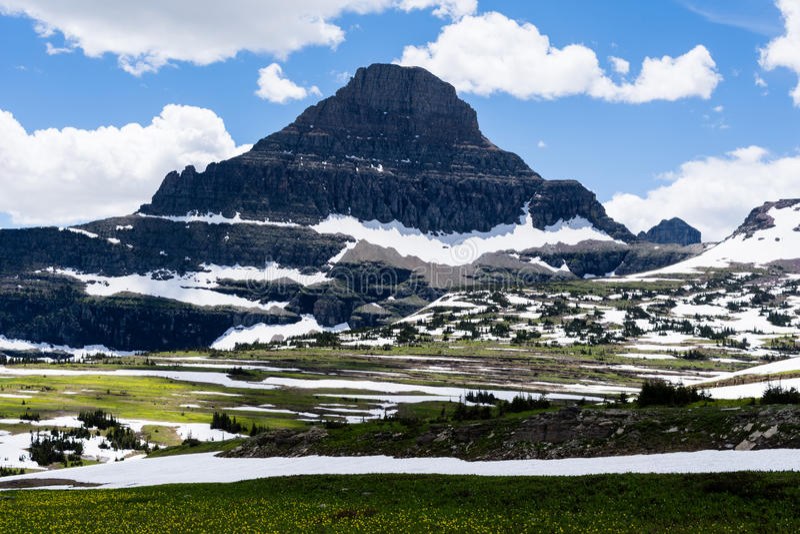 Alpint landskap i glaciärnationalparken, USA royaltyfria bilder