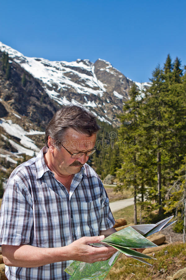 alps target10_0_ mężczyzna przechodzić na emeryturę obraz stock