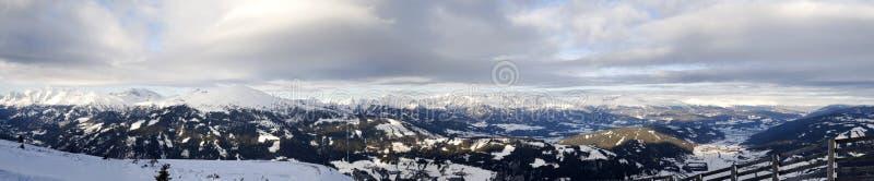 alpskatschbergpanorama arkivfoto
