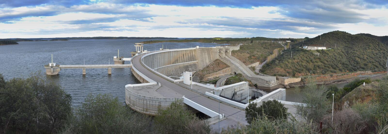 Alquêva水坝 免版税库存照片
