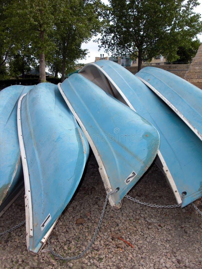 Alquile una canoa imágenes de archivo libres de regalías