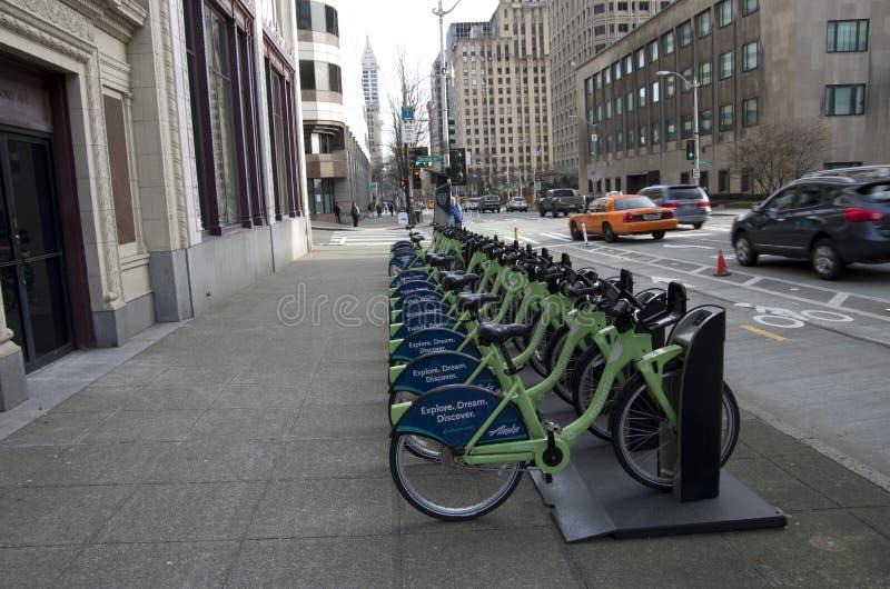 Alquiler de la bici de la ciudad de Seattle fotos de archivo libres de regalías