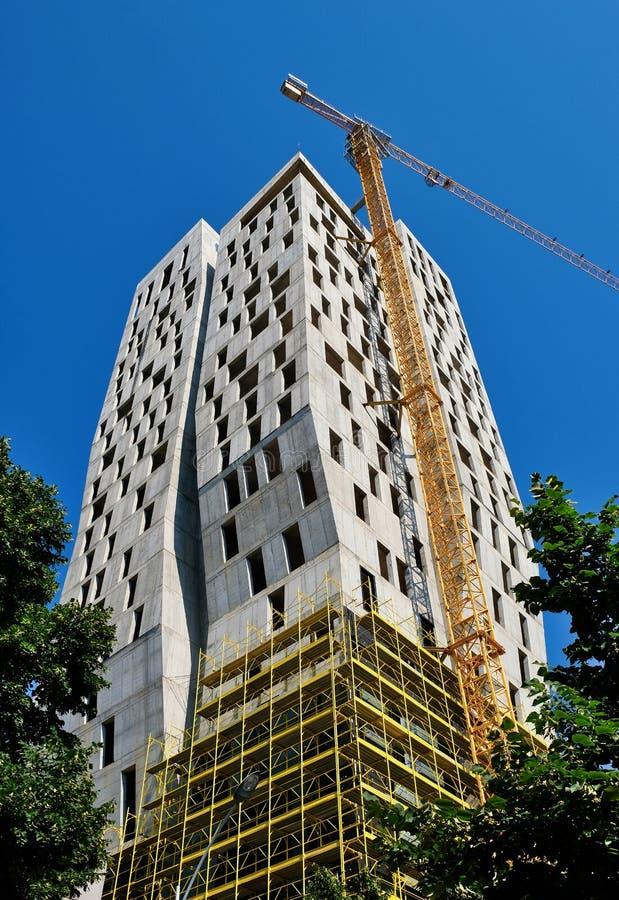 Alta construcción de la subida, Tirana, Albania imagenes de archivo