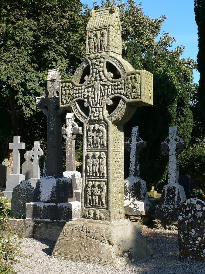 Alta cruz irlandesa fotografía de archivo