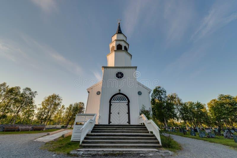 Alta Inglês-inspirou a igreja gótico em Alta, Noruega imagem de stock