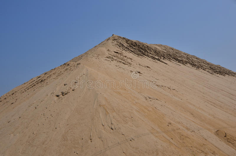Alta montagna della sabbia fotografie stock