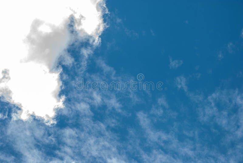 Alta nube immagine stock