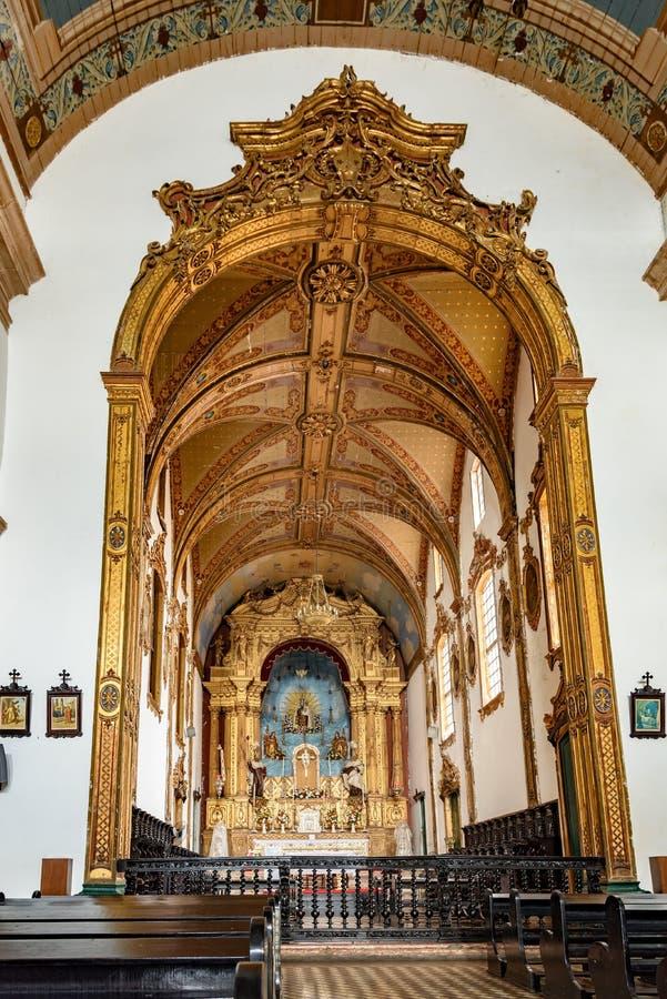 Altaar binnen de beroemde kerk van Onze Lord van Bonfim royalty-vrije stock fotografie