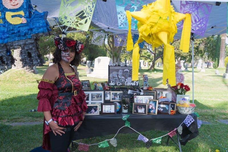 Altaar om de doden tijdens Dag van de Doden te herinneren stock foto