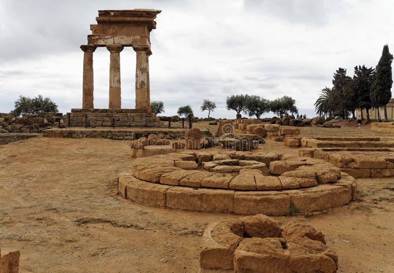 Altaar - Tempel van Bever en Polux royalty-vrije stock foto