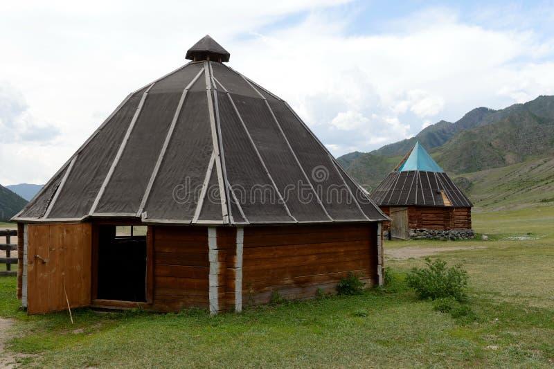 Altai болеет kalbak-Tash тракта, Gorny Altai, Сибирь, Россия стоковая фотография
