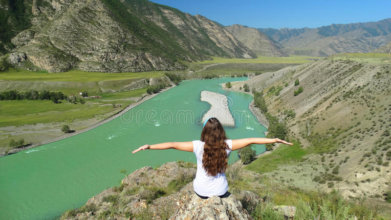 Download Altai Chui-Oozy L photo stock. Image du falaise, tributaire - 76080812