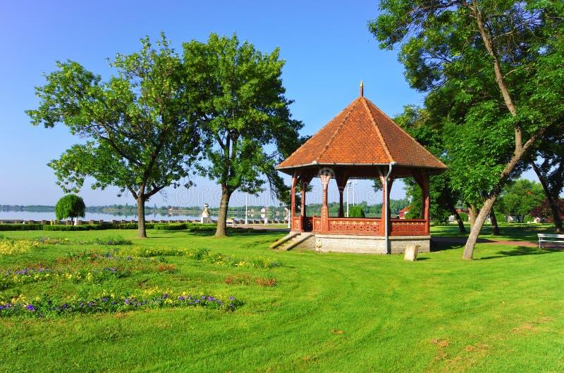 Altana w parku obraz royalty free