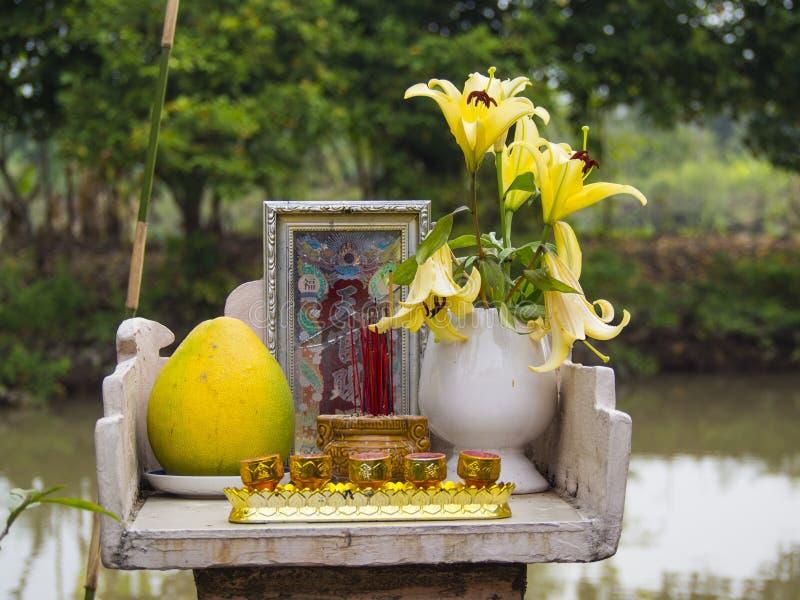 Altar budista fotos de archivo
