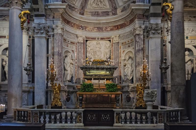 Altar de Saint Rainerius - Pisa fotos de stock