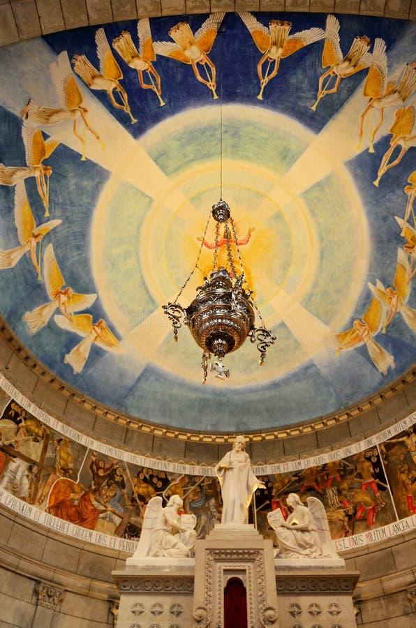 Altar de uma igreja crist? imagem de stock royalty free