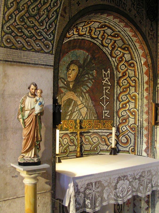 Altar de una iglesia imagen de archivo