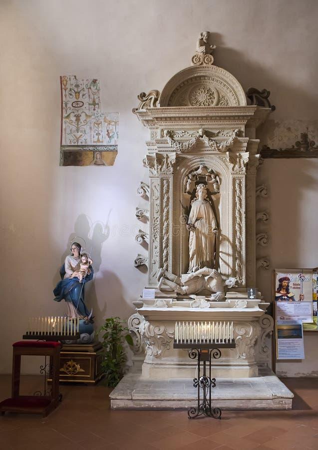 Altar del santo Catherine de Alexandría, ` Alejandría, Galatina, Italia de Santa Caterina d de los di de la basílica foto de archivo libre de regalías