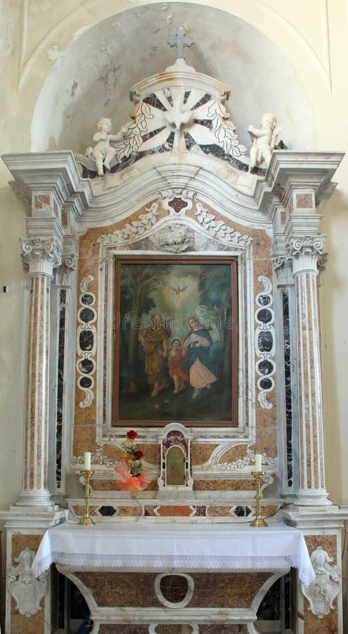 Altar der heiligen Familie in der Kirche des Helfers der Christen in Orebic, Kroatien lizenzfreies stockfoto