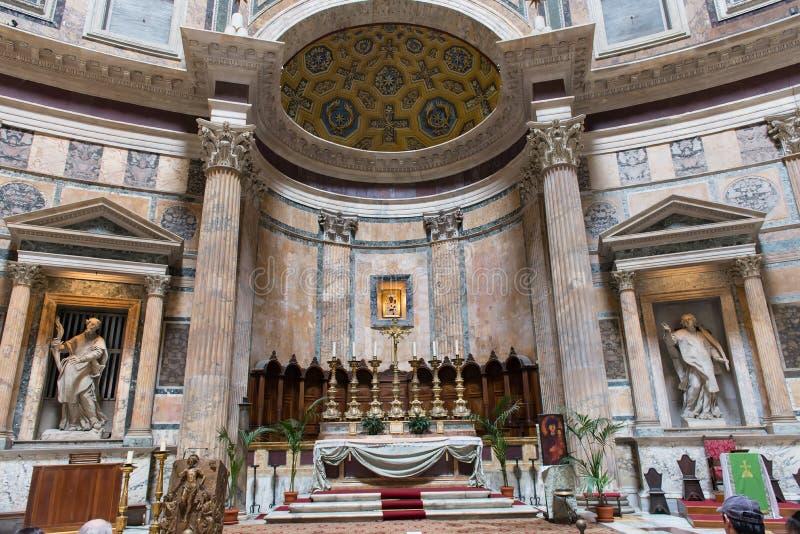 Altar des Pantheons in Rom lizenzfreies stockbild