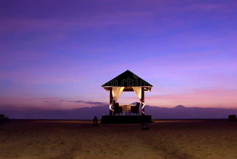 Altar do casamento na praia fotografia de stock