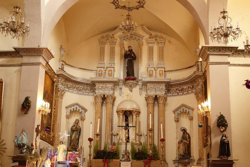 Altar en el templo del tercer orden, León, Guanajuato fotos de archivo
