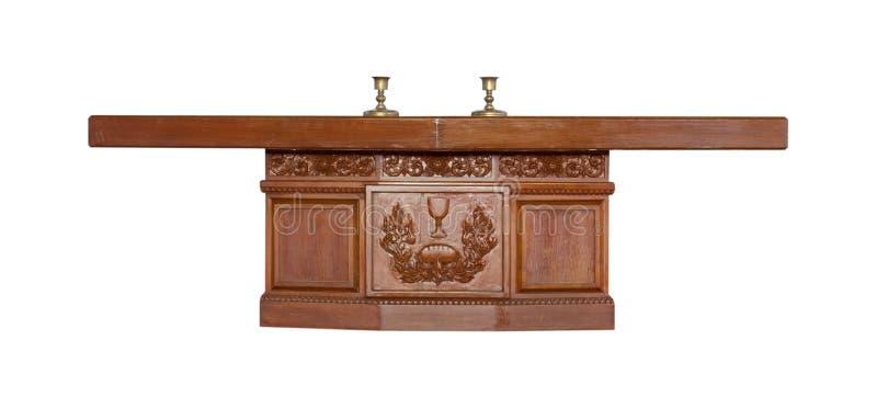 Download Altar Feito Da Madeira Isolada No Fundo Branco Imagem de Stock - Imagem de vazio, catedral: 65581575