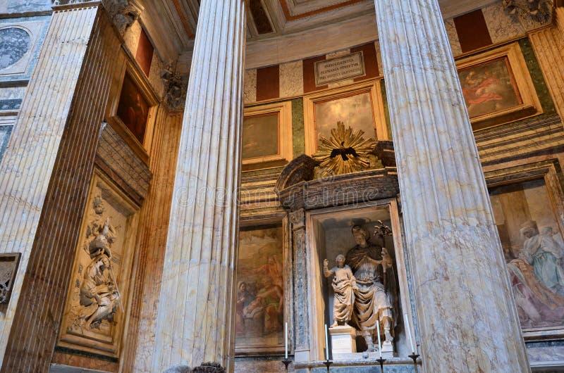 Altar im Pantheon stockbild