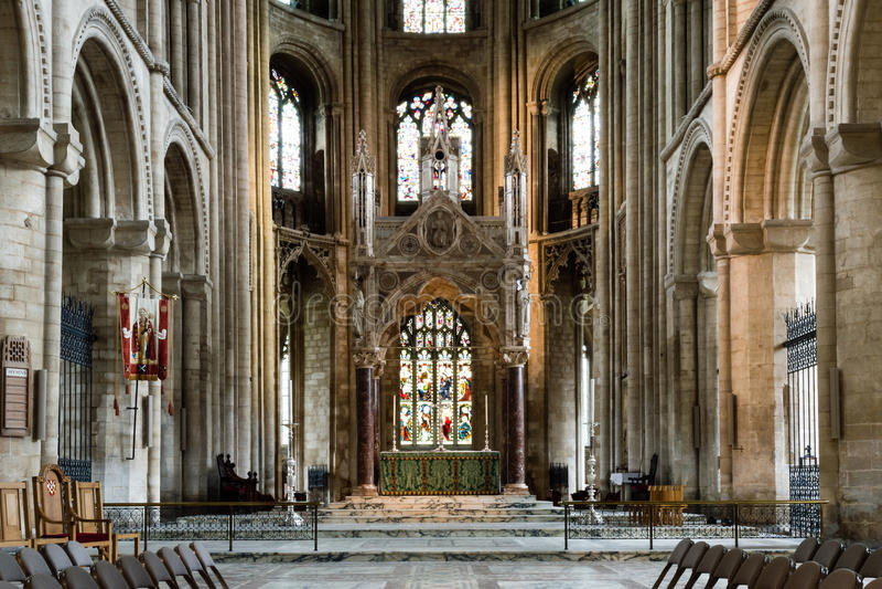 Altar maggiore della cattedrale di Peterborough fotografia stock