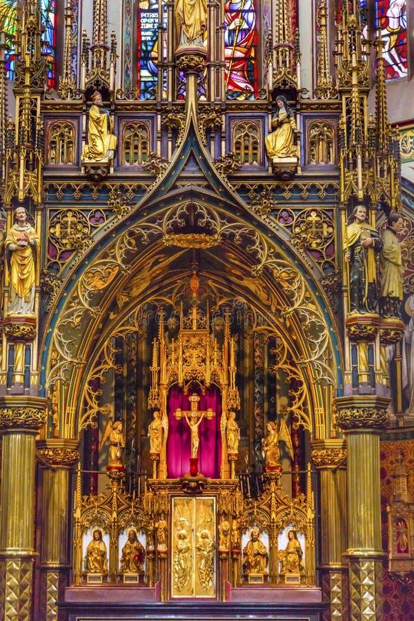 Altare De Krijtberg Kyrktaga Amsterdam Nederländerna arkivbild