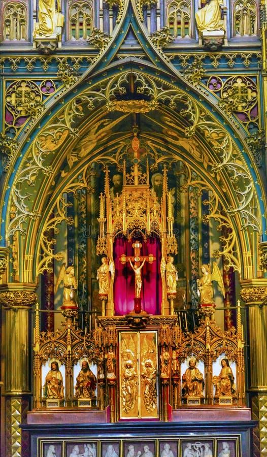 Altare De Krijtberg Kyrktaga Amsterdam Nederländerna arkivfoto