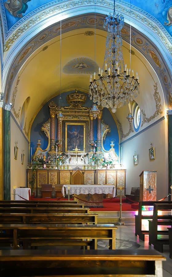 Altare della cattedrale cattolica fotografia stock libera da diritti