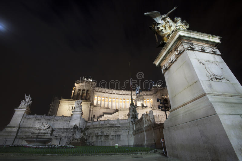 Altare della notte del tempio di patria (piazza Venezia - Roma) immagine stock