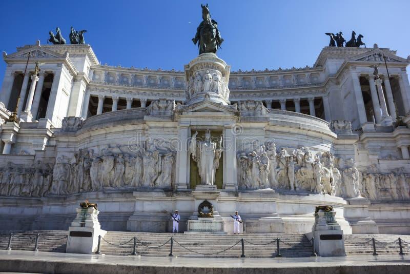 Altare della patria o Vittoriano Monument nel giorno di estate fotografia stock libera da diritti