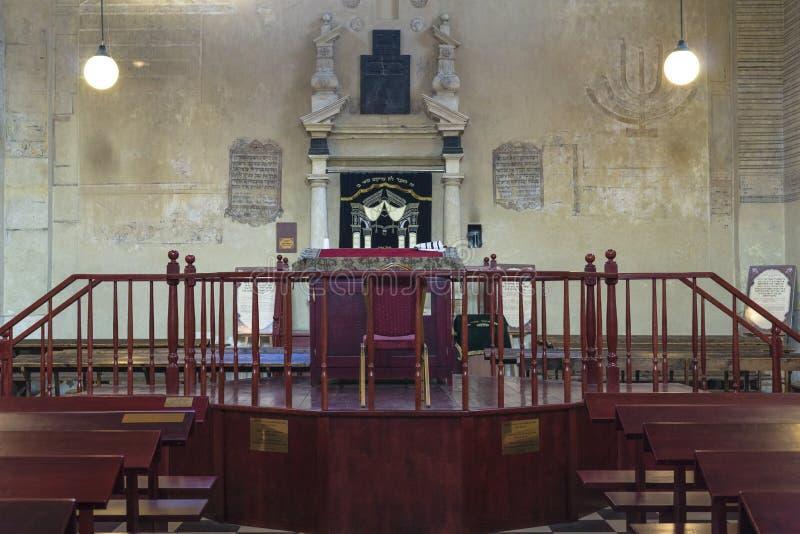 Altare in sinagoga fotografia stock