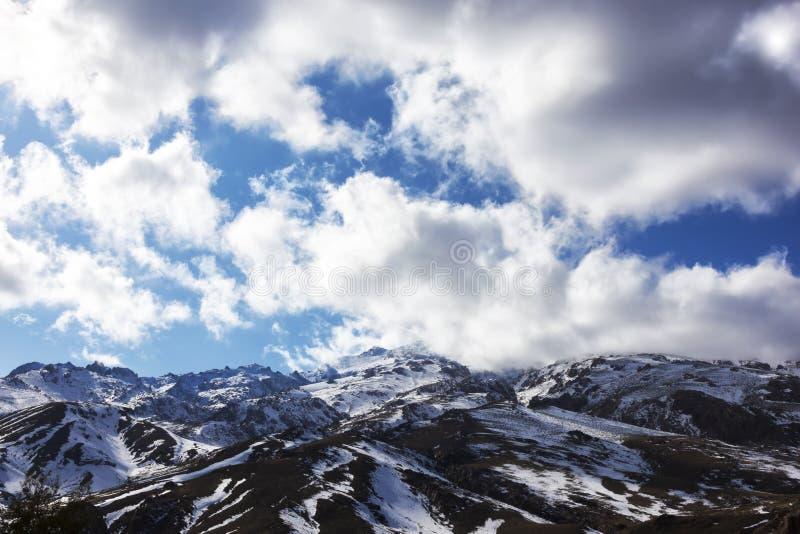 Altas montañas de atlas con nieve. fotografía de archivo libre de regalías